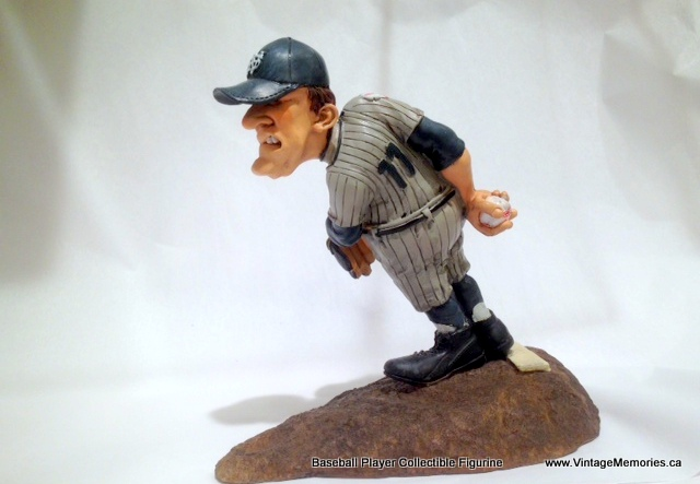 Baseball_Player_Collectible_Figurine