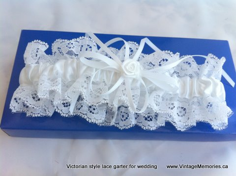 beautiful garter for wedding
